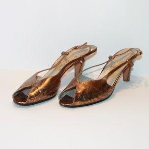 Salvatore Ferragamo Women's 9.5 Heels *Damaged*